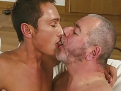 Big Jack Jerking Off His Sexy Admirer Chris